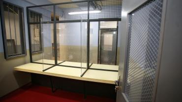 Odsúdené, Miestnosť pre návštevy